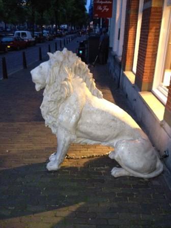 valse leeuw Amsterdam Prinsengracht 2012 09 15 (tipgever Fokko Weerstra) (3) voor web
