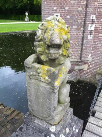 valse leeuw Haarzuilens 2013 05 30 foto Olle de Graaff (1) voor web